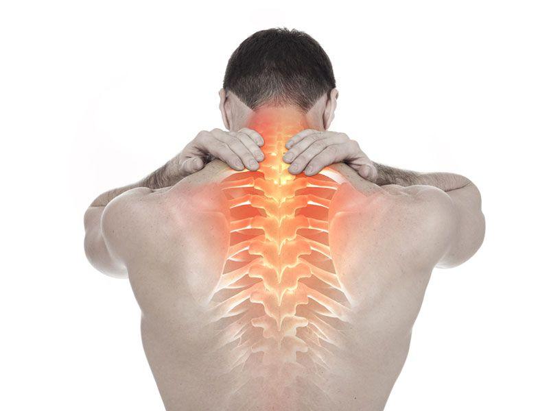 Thoái hóa cột sống là loại bệnh mãn tính khiến bệnh nhân gặp khó khăn trong sinh hoạt thường ngày