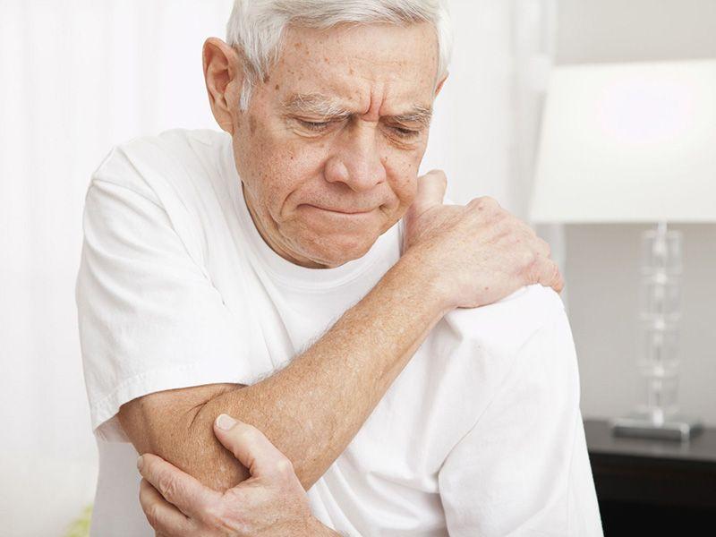 Tuổi già làm tăng nguy cơ thoái hóa khớp khuỷu