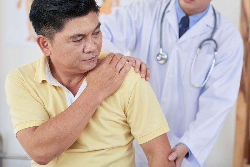 Viêm khớp vai và cách điều trị bằng huyết tương tiểu cầu được đánh giá cao hơn so với các phương pháp khác
