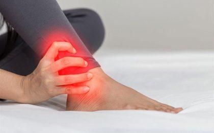 Khô khớp cổ chân: Nguyên nhân, triệu chứng và cách điều trị