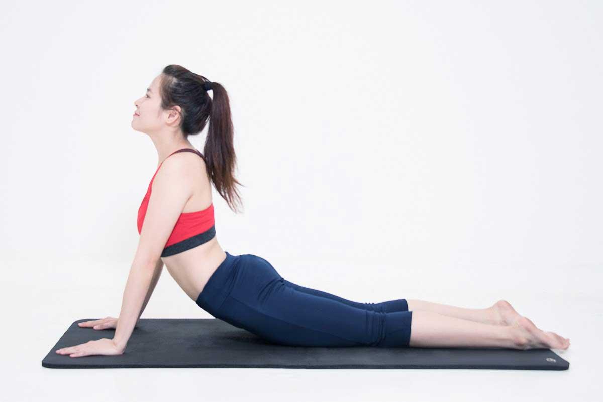 thoat-vi-dia-dem-co-tap-yoga-duoc-khong2
