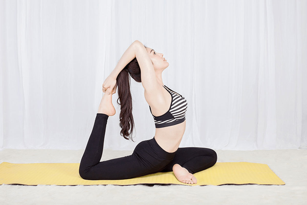 thoat-vi-dia-dem-co-tap-yoga-duoc-khong_1