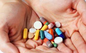 Bị thoát vị đĩa đệm uống thuốc gì để nhanh giảm triệu chứng?