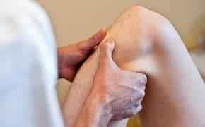 Bệnh nhân bị thoái hóa khớp gối nên uống thuốc gì thì tốt?