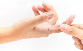 4 bài tập hỗ trợ điều trị cứng khớp ngón tay hiệu quả nhất