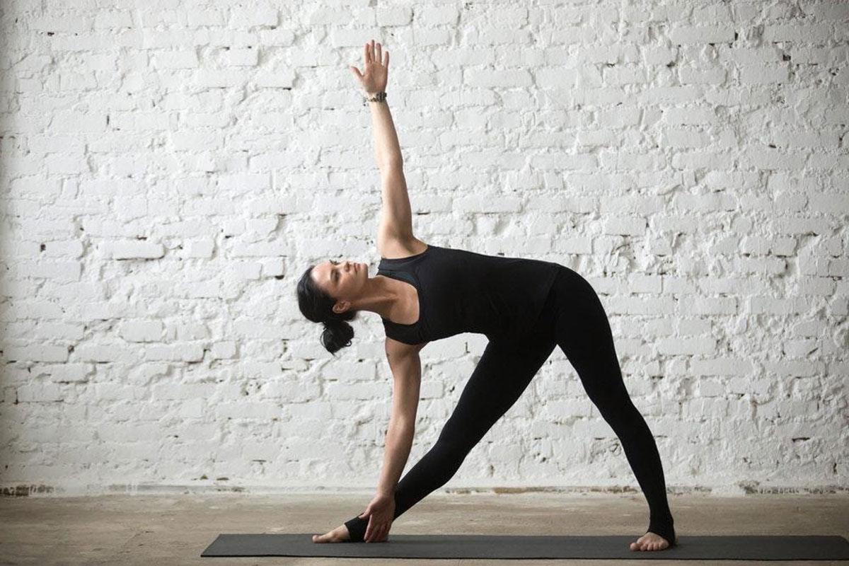 bai-tap-yoga-chua-thoai-hoa-dot-song-co_1