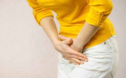 Triệu chứng và biến chứng viêm khớp vùng chậu ở nữ giới